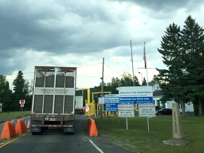 Canada Maine border