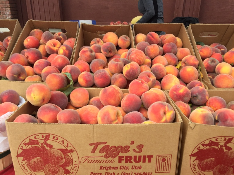 Peaches at the Park Cilly Market