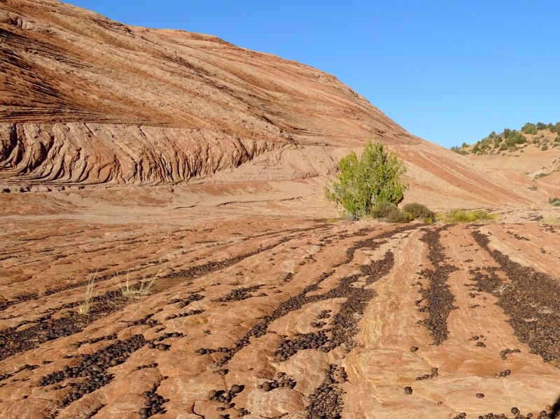 Moqui Marbles - Escalante, Utah