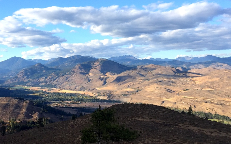 View from Patternson Mountain in Winthrop, WA